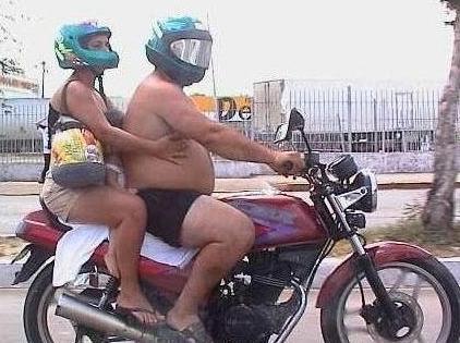 Segurança no Transito-Como não andar de moto
