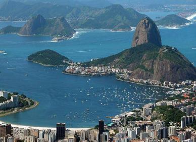Explosão de bueiros no Rio de Janeiro