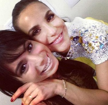 Anitta e Ivete Sangalo juntas no palco